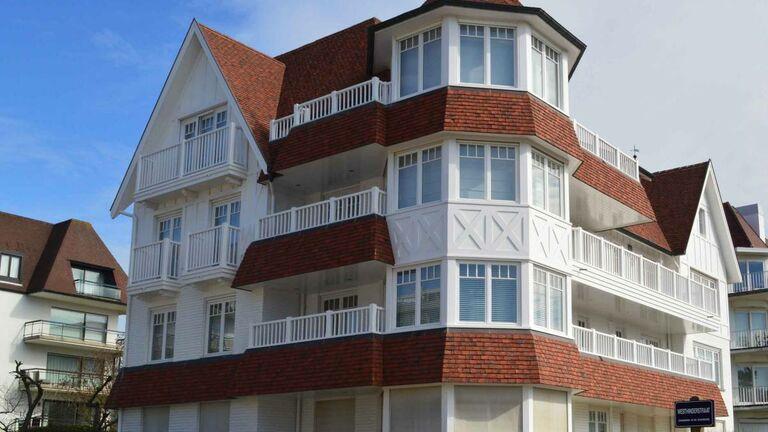 Schilder Vandenberghe - zwevezele - Gevel schilderen appartement